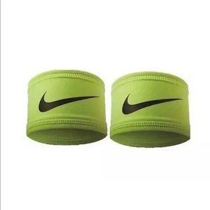 NWT Nike : Unisex 2 PC Speed Performance Armband